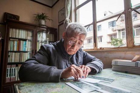 年逾九旬的黎鲁是1957年《三国演义》从绘制到出版的见证人